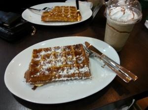 waffle-bombshell0.jpg